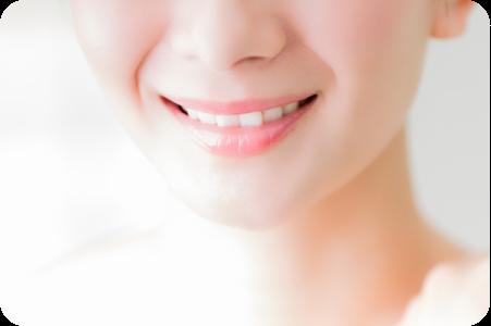 女性の美しい歯